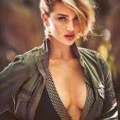 Rosie Huntington-Whiteley cleavage