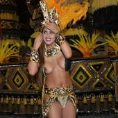 Rosie Oliveira topless