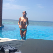Roxie Nafousi nude