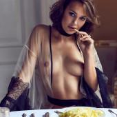 Sabina Toet topless