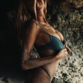 Sahara Ray body