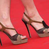 Salome Stevenin feet