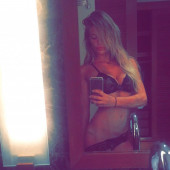 Samantha Hoopes private photos