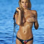 Samantha Hoopes topless