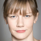 Sandra Hueller