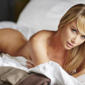 Sara Jean Underwood naked