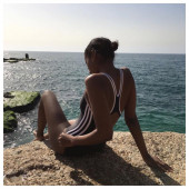 Nackt Sara Nuru  Nuru massage