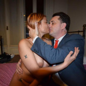 Sara Tommasi topless