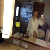Sarah Hyland leaked photo