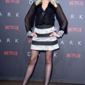 Sarah Knappik body