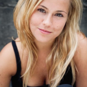Sarah Tkotsch sexy