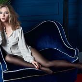 Scarlett Johansson pantyhose