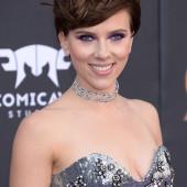 Scarlett Johansson sexy