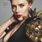 Scarlett Johansson sideboob