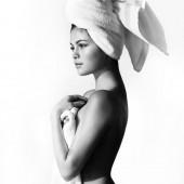 Selena Gomez nackt