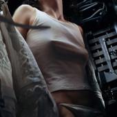 Sigourney Weaver pokies