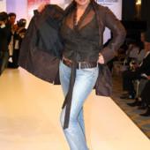 Simone Thomalla jeans