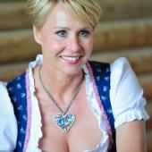 Sonja Zietlow ausschnitt