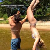 sophie nelisse nude