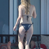 Sophie Turner body