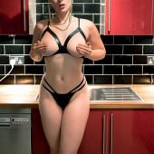 Stefania Ferrario naked