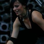 Stefanie Kloss ausschnitt