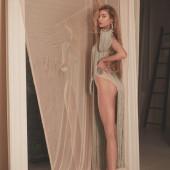 Stella Maxwell legs