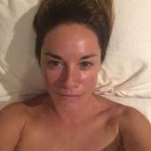 Tamzin Outhwaite topless