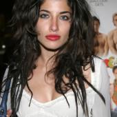 Tania Raymonde sexy