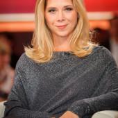 Tanja Szewczenko hot