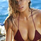 Tanya Mityushina boobs
