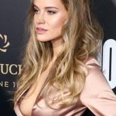 Tanya Mityushina nipple slip
