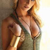 Tara Booher hot