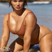 Tara Lynn hot