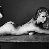 Cara Delevingne fully-nude-butt