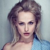 Nackt Tiffany Winteler  Milla Jovovich