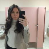 Trieste Kelly Dunn selfie