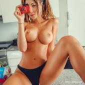 Valentina Fradegrada naked