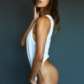 Vanessa Hanson heiss