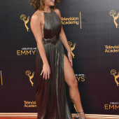 Vanessa Hudgens pantyless