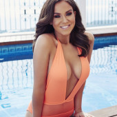 Vicky Pattison cleavage