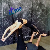 Victoria Justice stretching