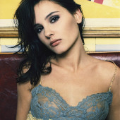 Virginie Ledoyen sexy photo