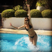Viviane Geppert bikini