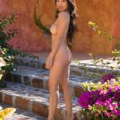 Viviane Leigh fully naked