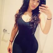 Yaris Sanchez selfie