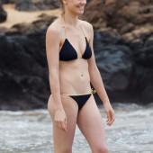 Yvonne Strahovski bikini