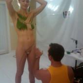Yvonne Strahovski nudes