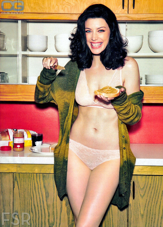 Jessica Pare  nackt