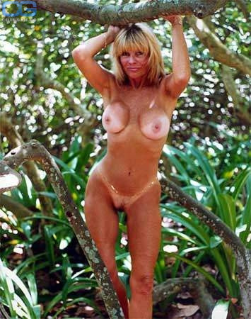 Free nude photos of dede lind